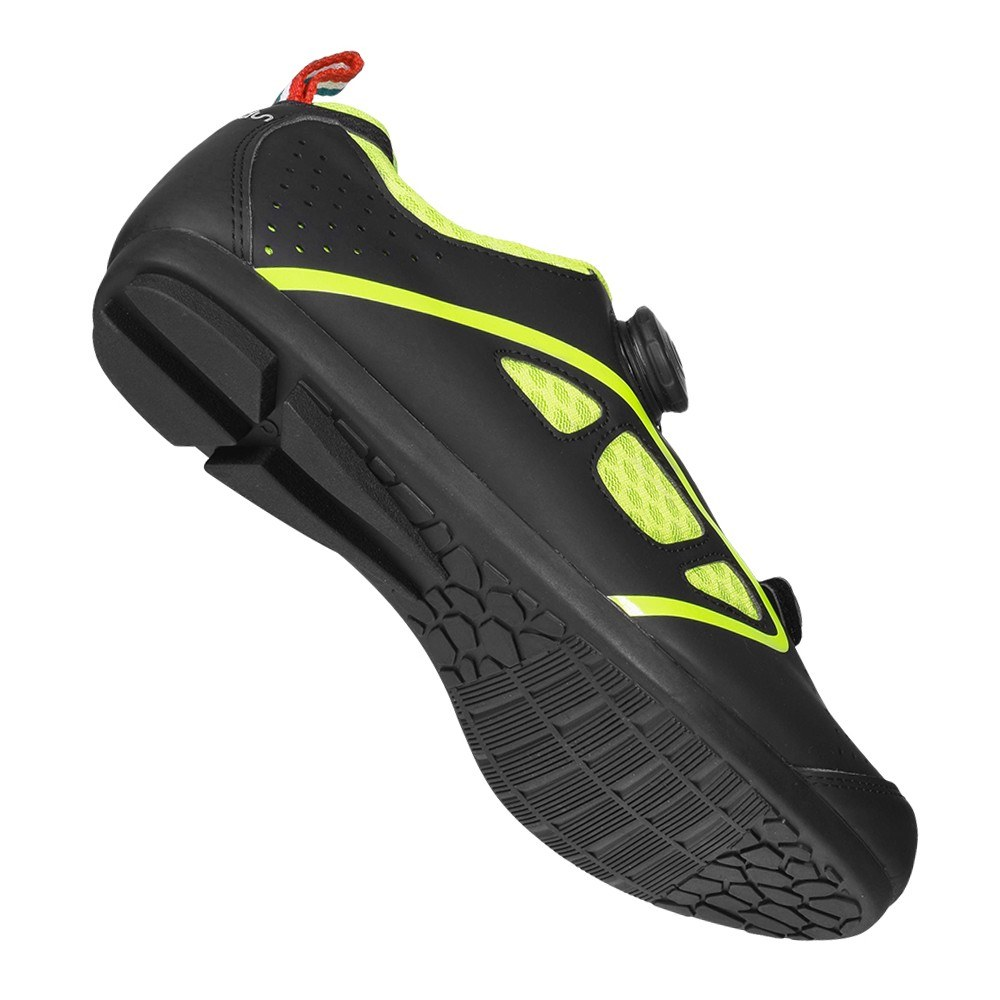 Lock-Free Cycling Shoes Men Road Bike Shoes Unlock Cycling Shoes Rotating Buckle Cycling Sneakers with Non-slip Rubber Sole for Road Mountain Cycling