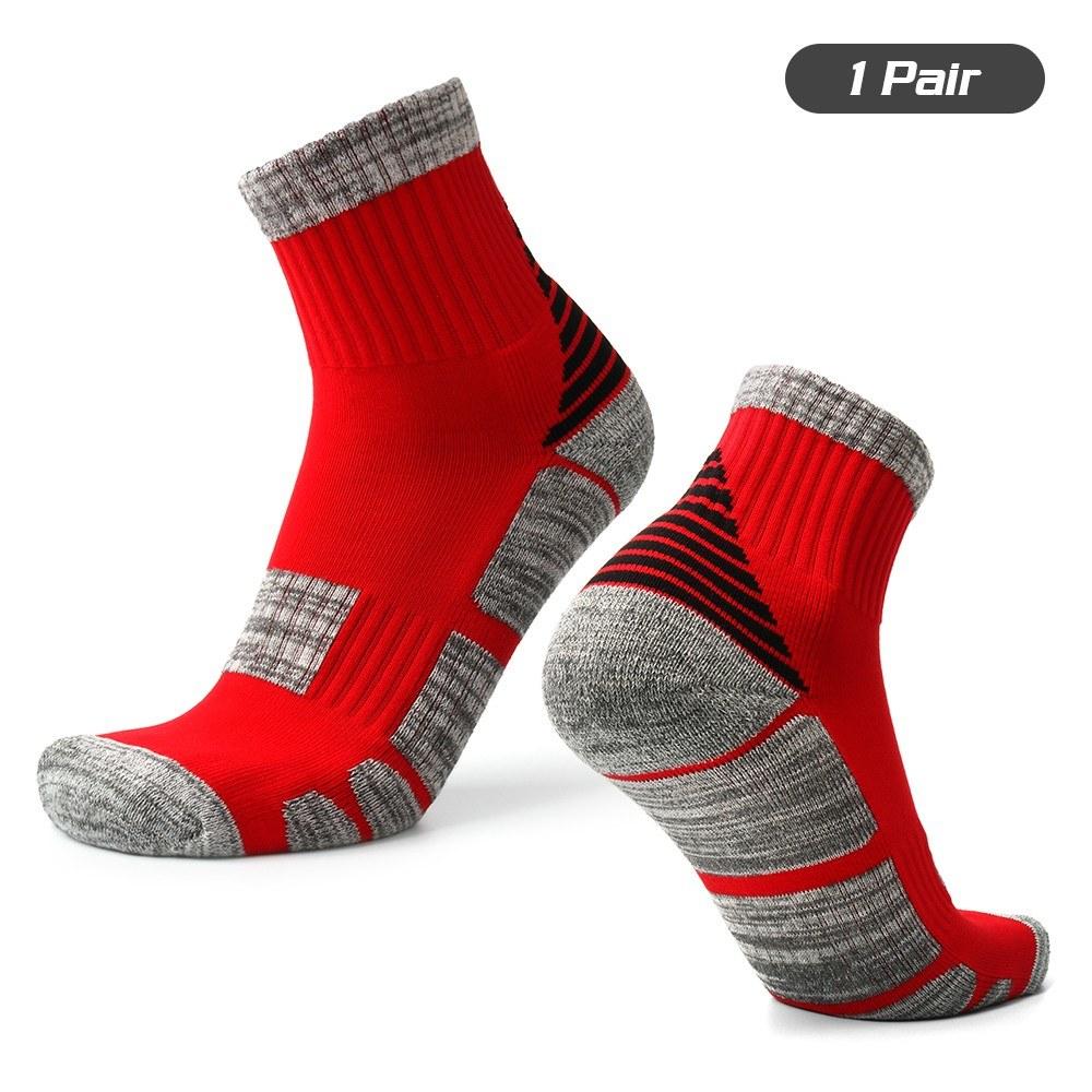 Unisex Sports Socks Anti Slip Sports Performance Socks Athletic Crew Socks Basketball Soccer Running Trekking Hiking 1 Pairs / 3 Pairs