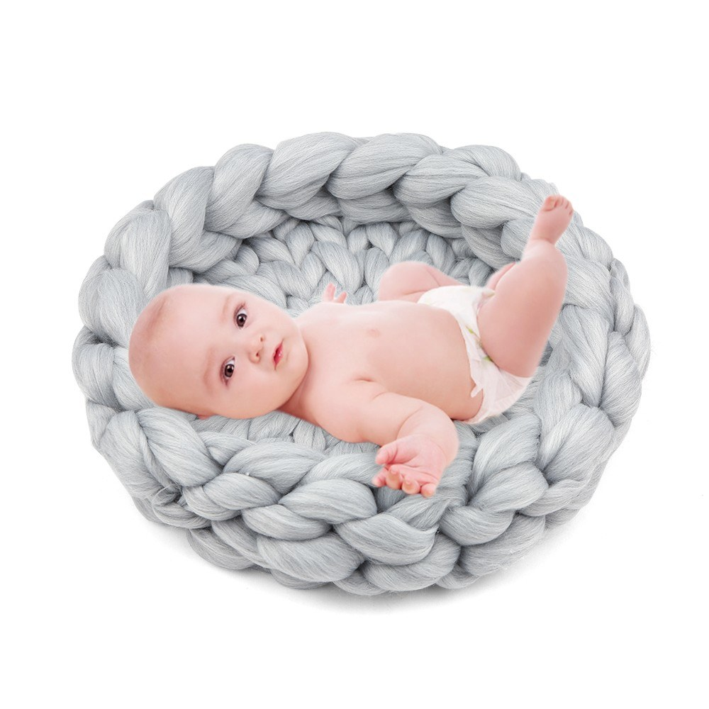 Newborn Photogragh Props Baby Photogragh Mat Hand Woven Blanket 15.7 Inches Diameter Soft and Comfortable DIY Knit Rugs for Infants